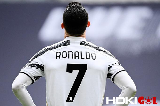 Daftar Pemain Juve yang Bisa Dijual Jika Gagal Jual Ronaldo