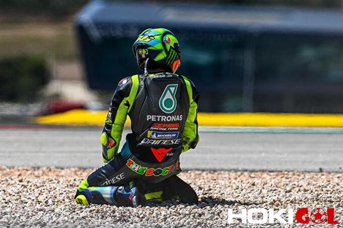 Francesco Bagnaia Berharap Valentino Rossi Segera Bangkit